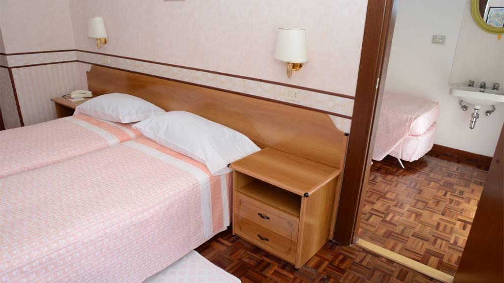 room-hotel-terminus-fiuggi-6689