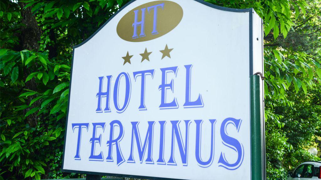 signboard-hotel-terminus-fiuggi-9496