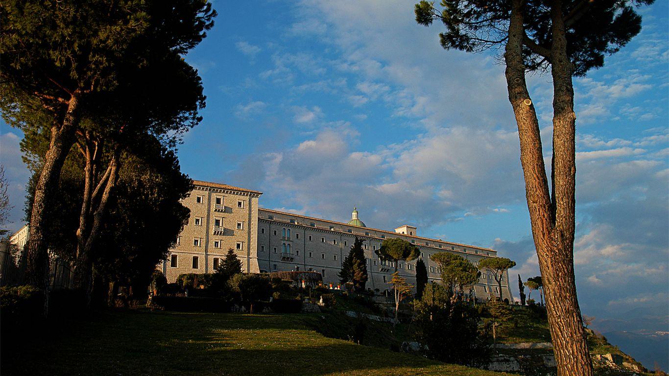 Abbazia-di-Montecassino-hotel-terminus-fiuggi