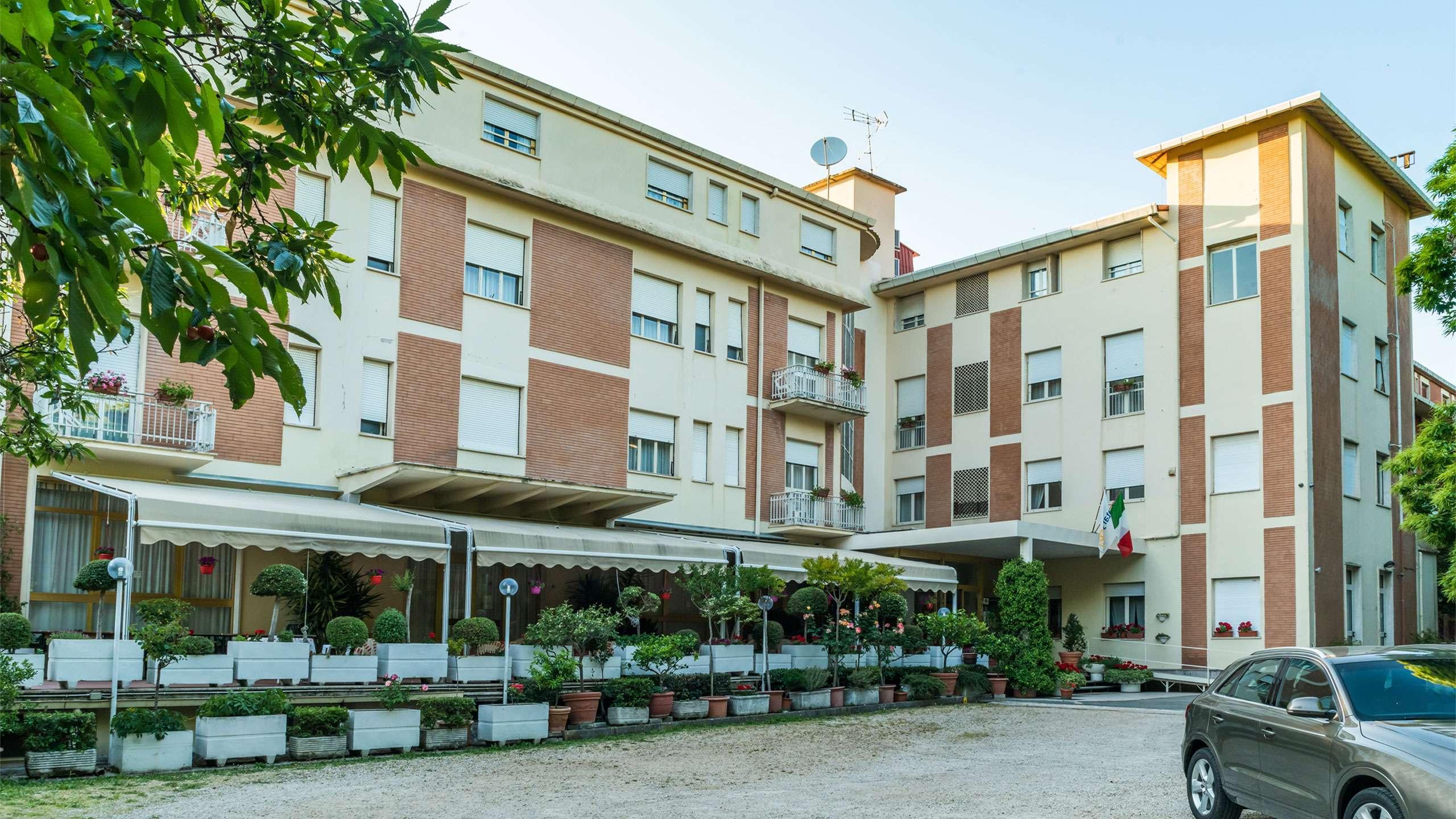 structure-hotel-terminus-fiuggi-9476